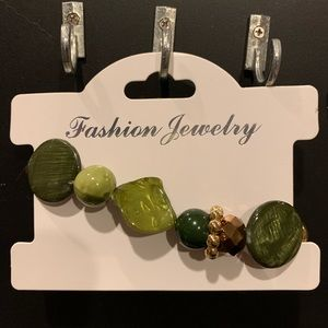Fashion Jewelry green shell with gold and brown
